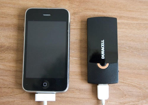 """Report: Duracell's External Battery Pack Is """"Perfect"""