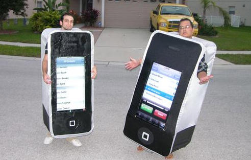 iphone costumejpg - Apple Halloween Costumes