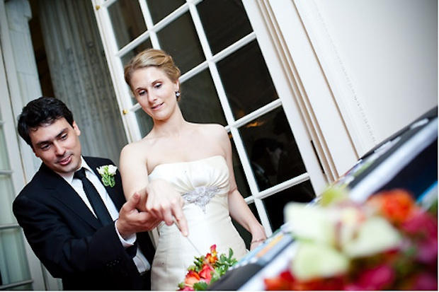 iphone_wedding_cake_1