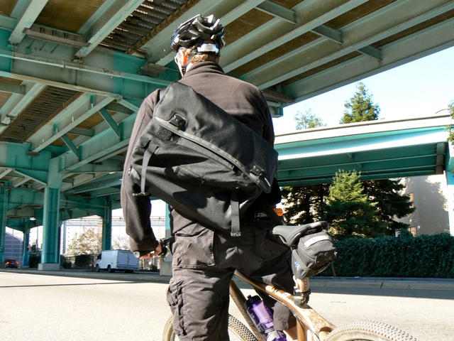 Incase's Messenger Bag: A Great Bag For Bikers That Doesn't Scream ...