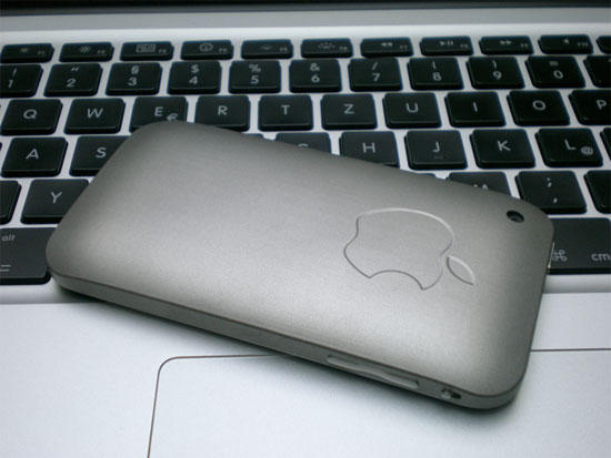 Custom titanium shell gives the iPhone 3Gs its heft back