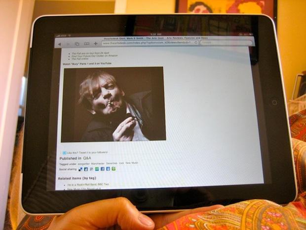 iPad_web_surfing