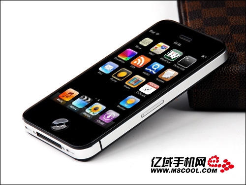 This Cheap Chinese Iphone 4 Knockoff Runs Android Cult