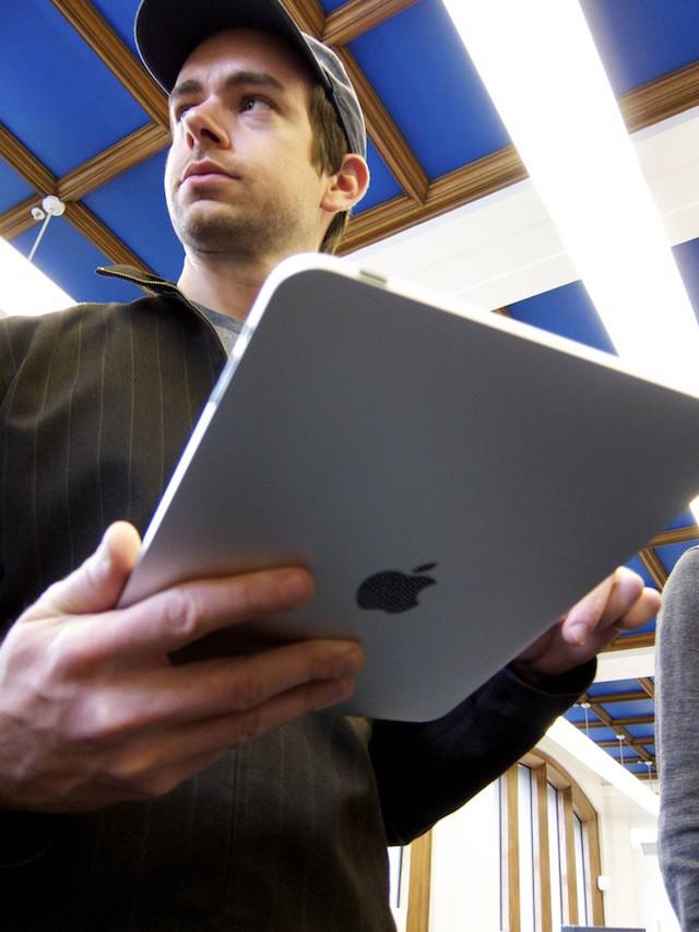 Jack_Dorsey_iPad1.jpg