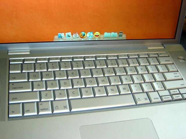 macbook_pro_layout_-e12952762687141.jpg