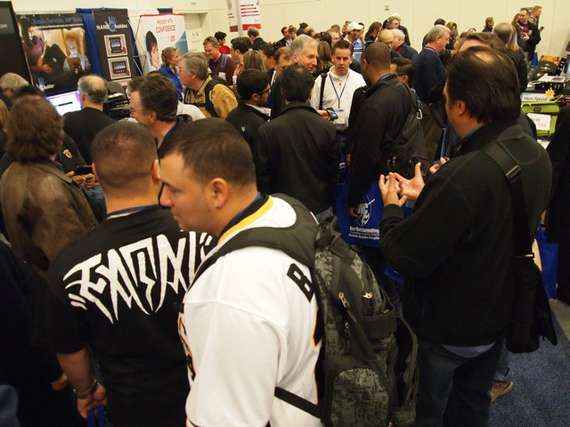 There's a pretty healthy crowd on opening day of Macworld 2011
