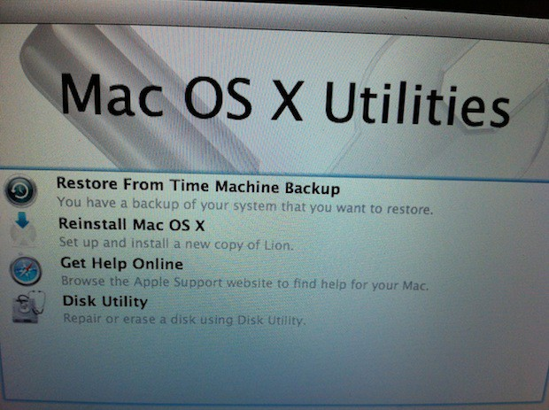 Lion Recovery Partition Offers Mac OS X Utilities Front And Center.