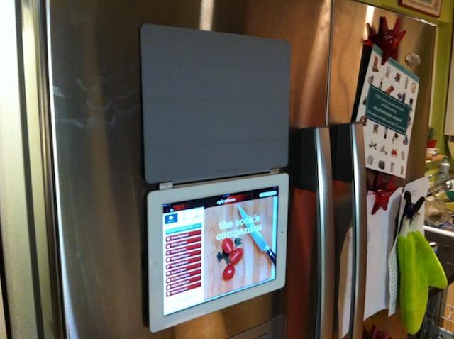 iPad_fridge_magnet