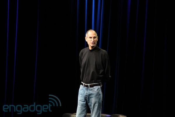 steve_jobs_iPad2