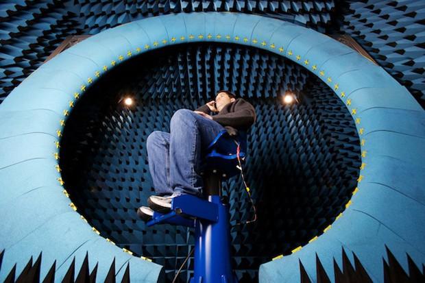 inside-apple-testing-chamber-2