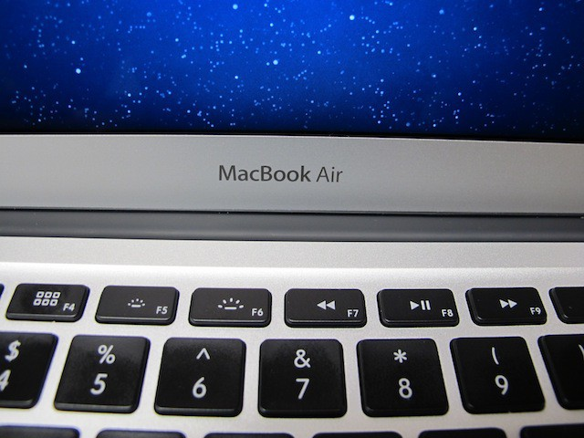 MacBookAir2011Model
