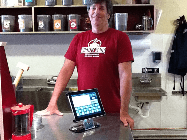 iPad@Work: This Michigan Coffee Joint Is The Apple Store Of