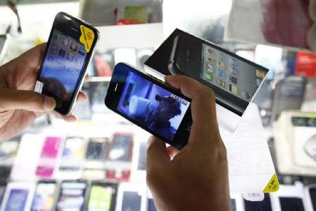 fake-iPhones-in-China