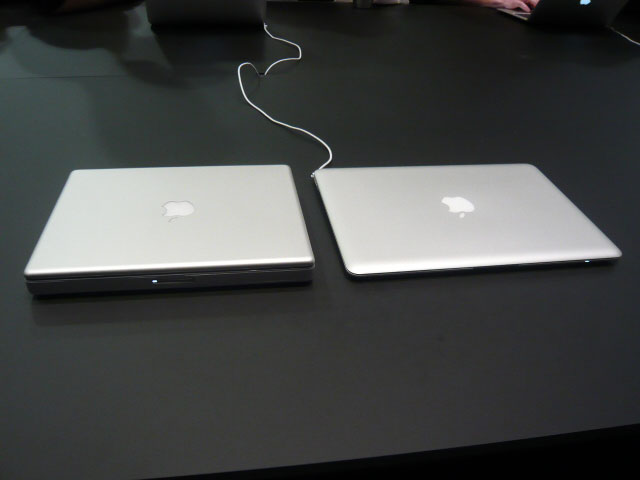 178816-macbook-air-ibook-comparison