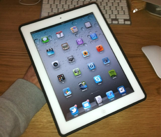 Griffin-AirStrap-iPad-2-1