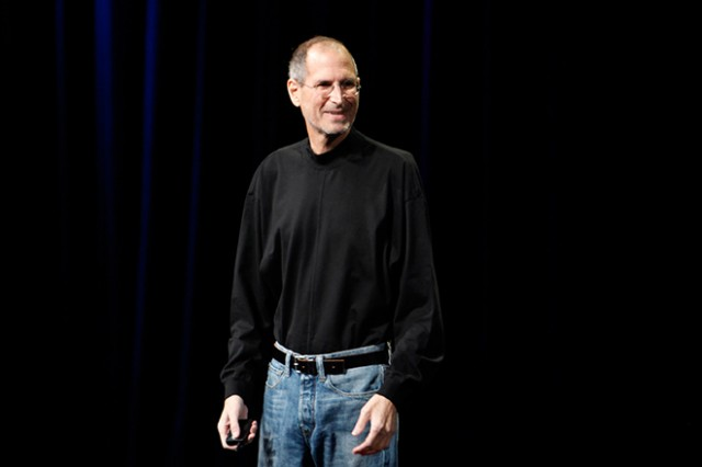 What Brand Shoes Did Steve Jobs Wear