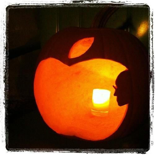 recipe: apple pumpkin carving [26]