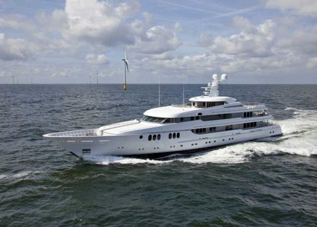 feadship_trident