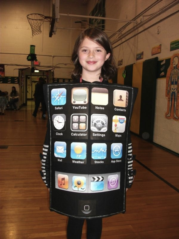 com readers spice up halloween with apple themed costumes