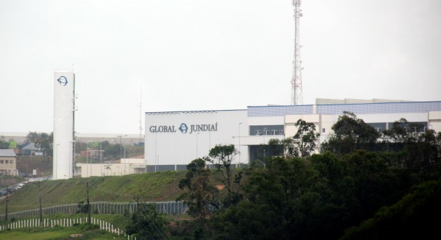 A view of Foxconn's new iPhone plant. Photo: Alessandro Salvatori, Blog do iPhone.