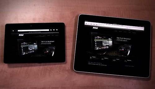 PlayBook versus iPad (Photo by The GameWay - http://flic.kr/p/9p5XMz)