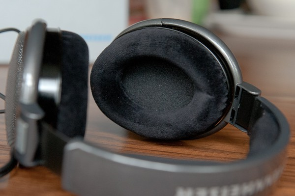 sennheiser hd 650 headphones sound exceptional but they may not be for you review cult of mac. Black Bedroom Furniture Sets. Home Design Ideas