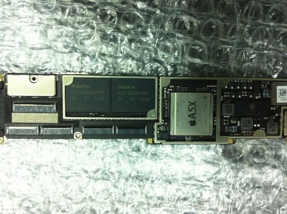 iPad-3-logic-board-with-A5X-chip