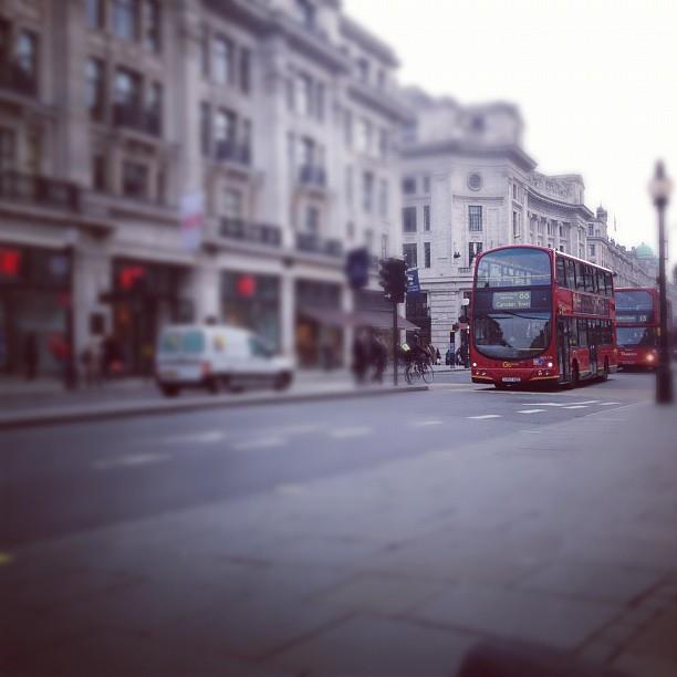 london_ipad_line