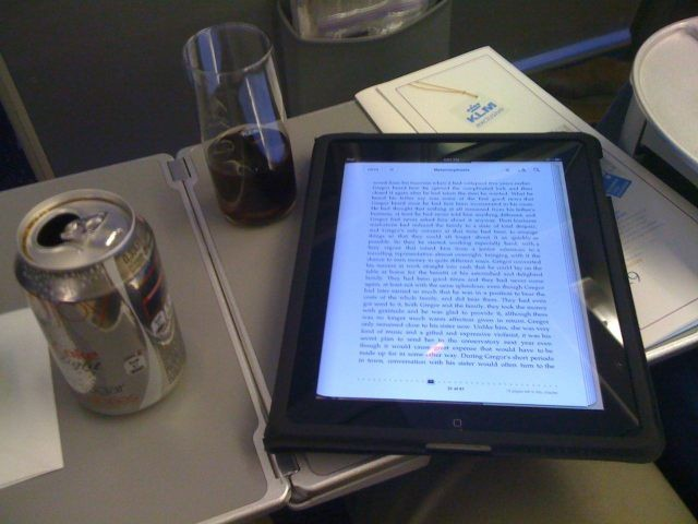iPad ban during takeoff/landing being reconsidered