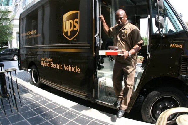 ups-ipad-delivery
