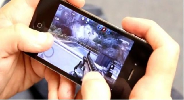 Gameloft's Modern Combat series of first-person shooters would be so much better with a physical controller.