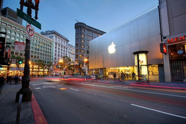 Apple Stores are cash cows for the most valuable company on earth.