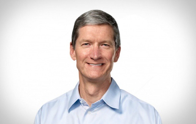 Tim Cook is hoping to make a last-minute arrangement with Samsung before the jury steps in.