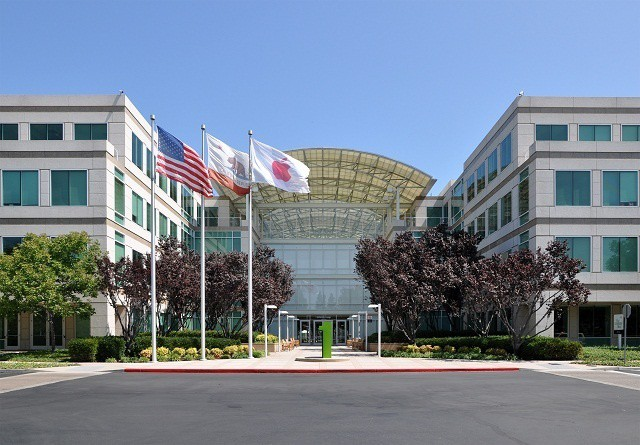 Ever wonder what it'd be like to work for Apple at its HQ or elsewhere?