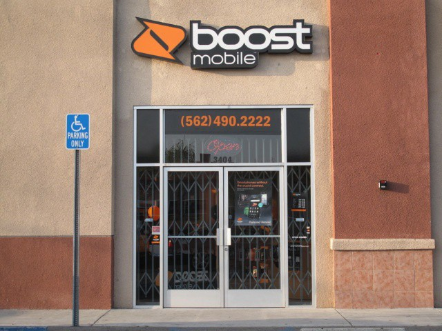 Boost-Mobile-store