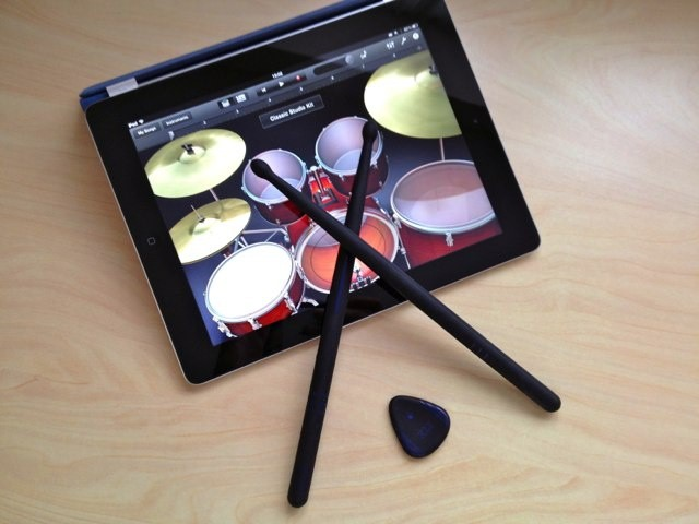 If you play a lot of GarageBand, you should own Pix & Stix.