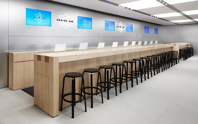 Companies challenged by BYOD should consider Apple's Genius Bar as a tech support model