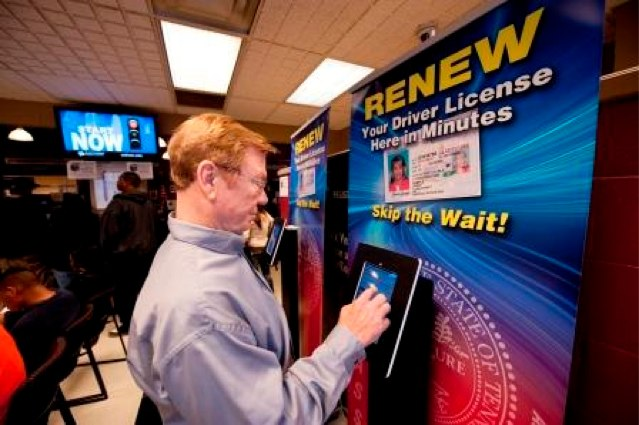 It's now easy to renew your driver's license in Tennessee.