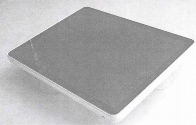 This early iPad prototype looks a lot like a MacBook with a touchscreen.