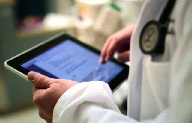 iPads at Duke cancer clinics lead to more accurate medical histories and symptom tracking.