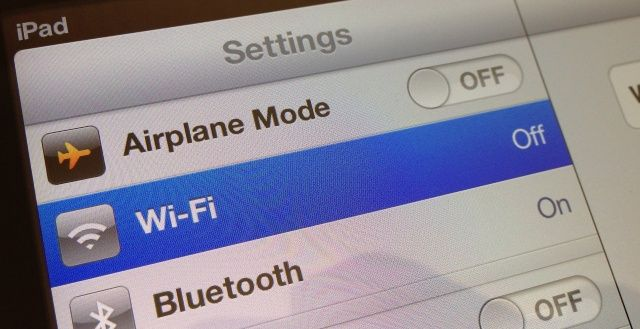 iphone 4s wifi wont turn on ios 6 users experiencing wi fi connectivity problems on 8522