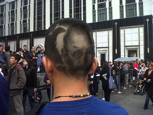 One Apple fan shaved his hair into a tribute to the recently deceased Steve Jobs