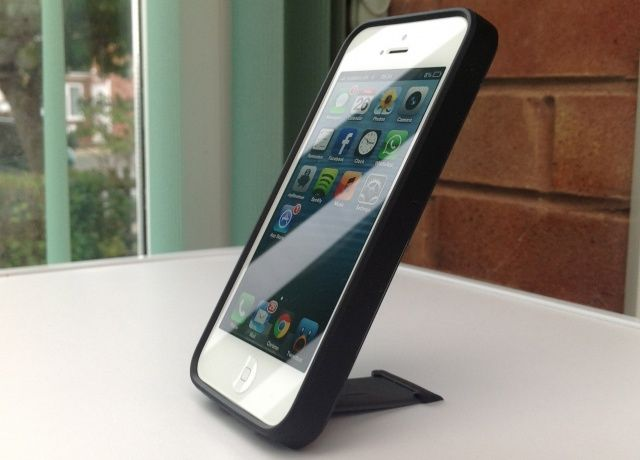 The SmartFlex View for iPhone 5 has a built-in stand.