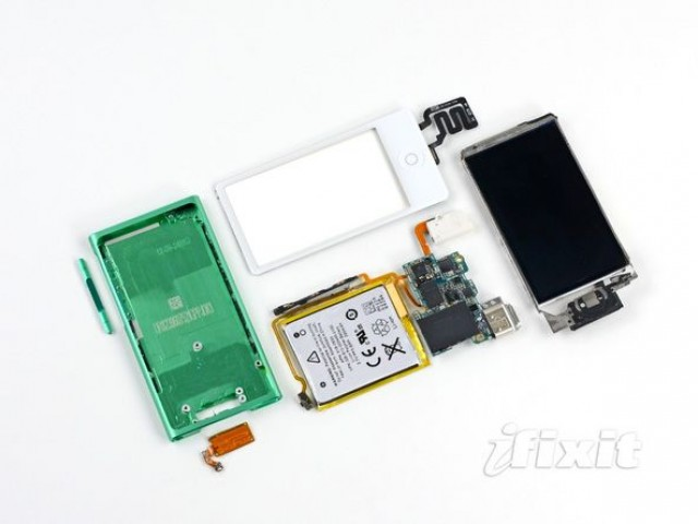 7th gen iPod nano teardown