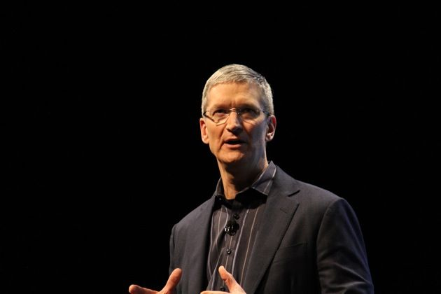 245138-tim-cook-introduces-iphone-4