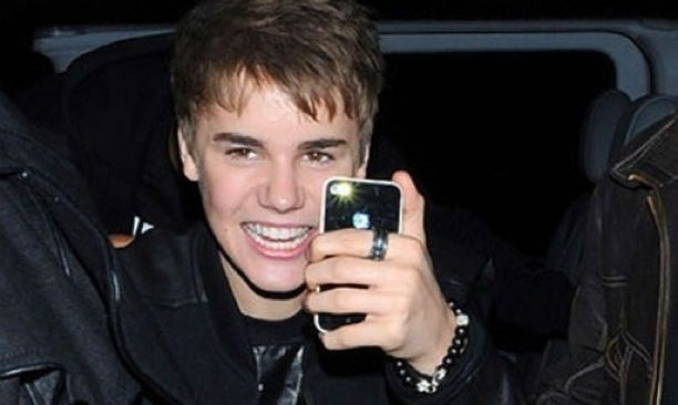 justin-bieber-teen-iphone