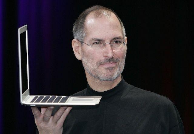 macworldmacbookairsteve2008