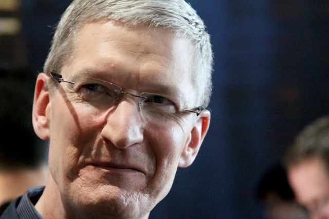 Tim Cook Defends Apple's Offshore Cash Hoard Before Senate
