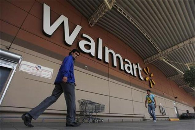 You'll Soon Be Able To Self-Checkout At Walmart Using Your iPhone