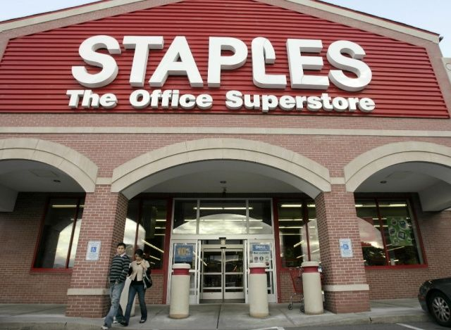 Apple Pay is killing it at Staples.